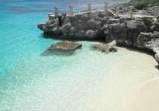 Taga_beach